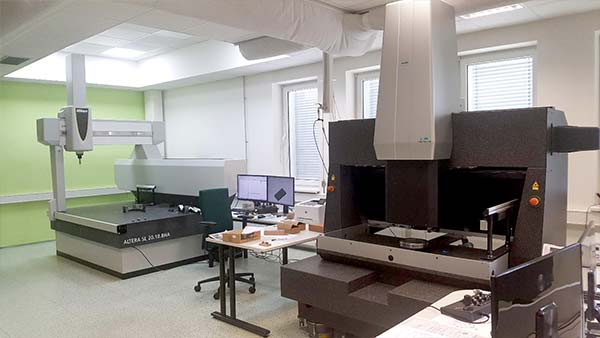 tlo-sluzby-kalibracni-laborator